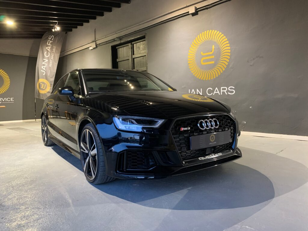 Audi RS3 Sedan Limousine 2019 29